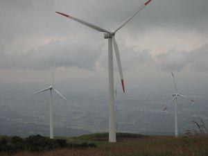 ★阿蘇にしはらウインドファームの風車発電機